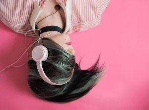 10 เพลงที่ช่วยให้นอนหลับ